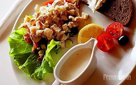 Як приготувати салат «Цезар»
